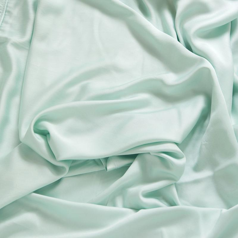 Image of Wrinkled Bamboo Fabric - Bamboo Cooling Sheets