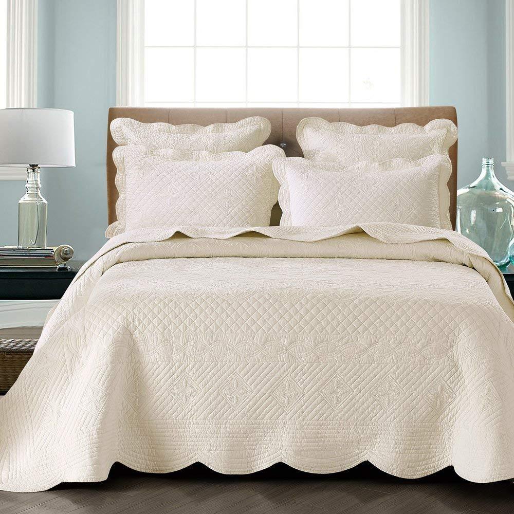 Calla Angel Quilt Set- Best Christmas Bedspreads King Size