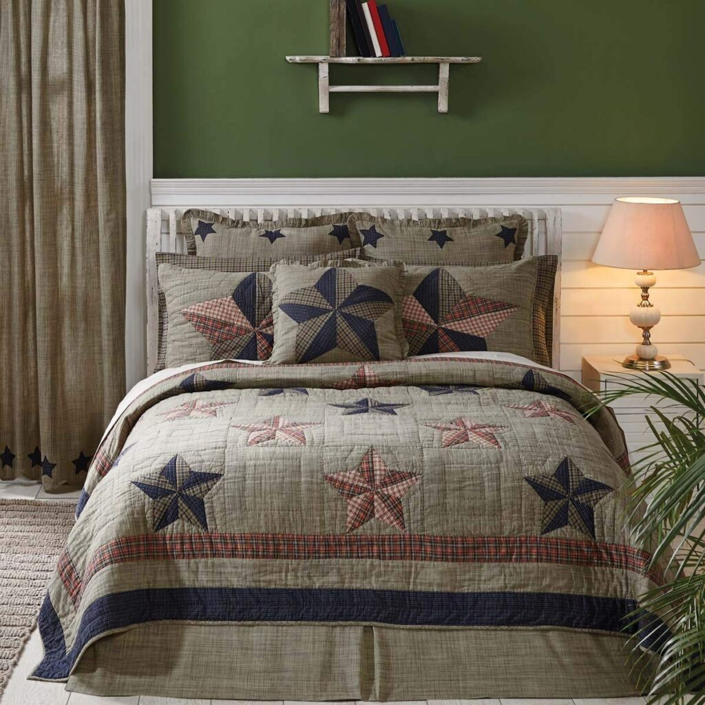 VHC Brands Vincent Quilt - Best Christmas Bedspreads And Quits