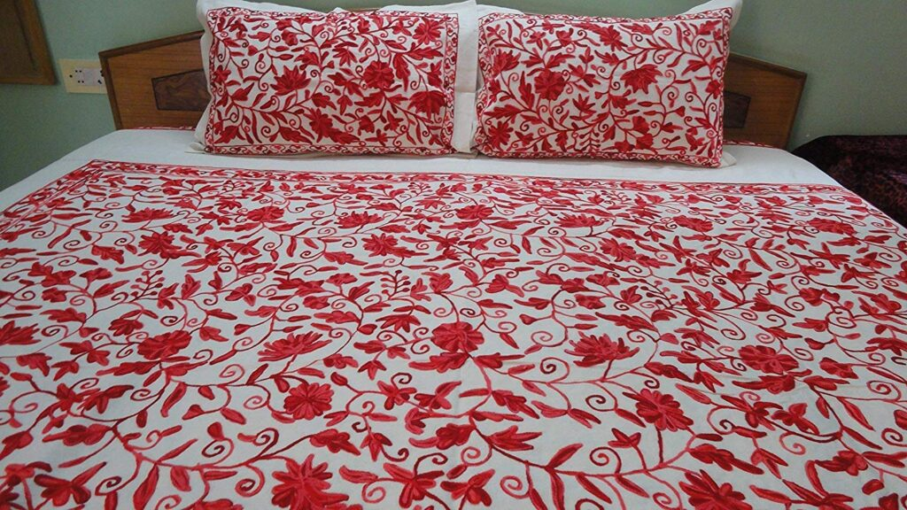 Pamposh Handmade Bedspread - Best Christmas Bedspreads And Quits