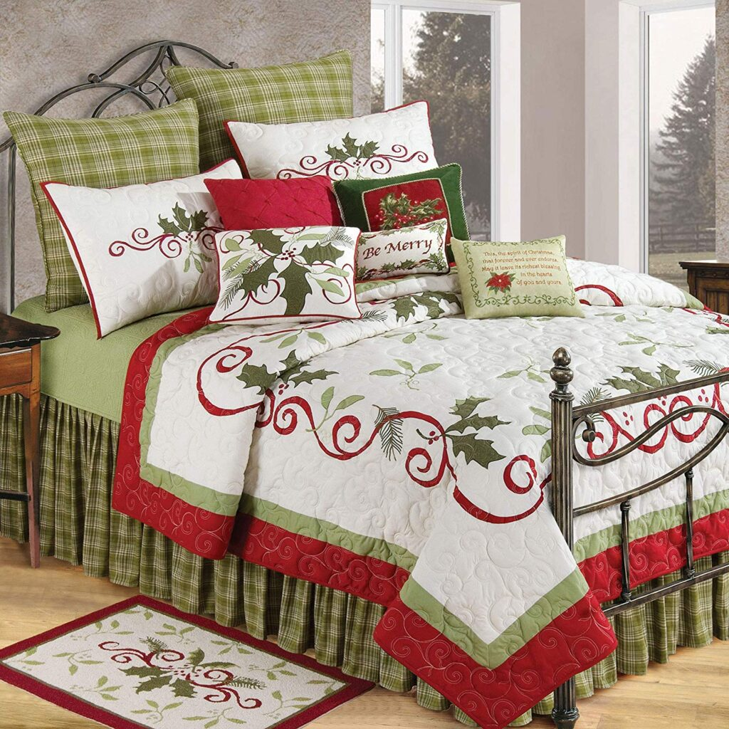 C&F Home Holiday Quilt - Best Christmas Bedspreads And Quilts
